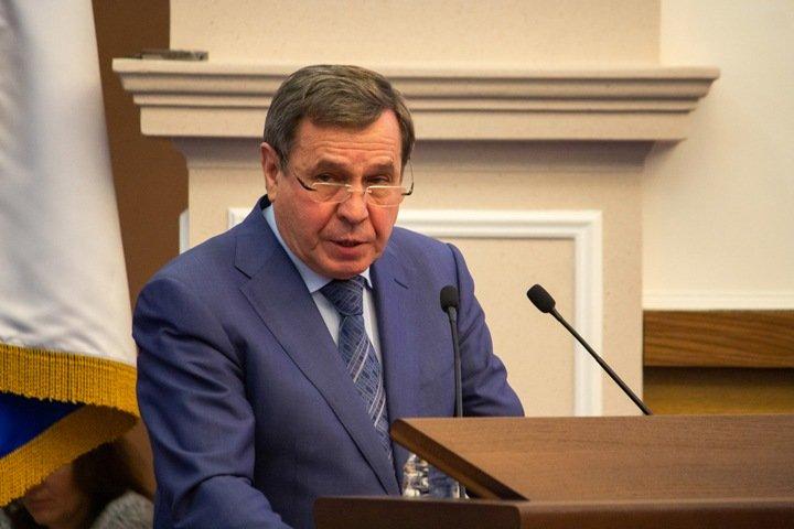 СК не нашел преступления в заявлении о взятке новосибирскому сенатору