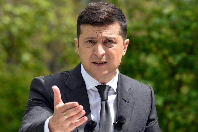 Слуга против народа: как Владимир Зеленский разочаровывает украинцев