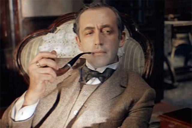 Советский Шерлок Холмс: кто и зачем уговаривал его вступить в партию