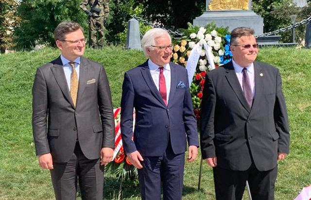 Наказать Белоруссию: Прибалтика и Польша бегут впереди паровоза