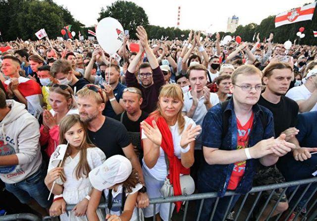 Возвращение Беларуси в европейскую семью: сейчас должны кого-то избить