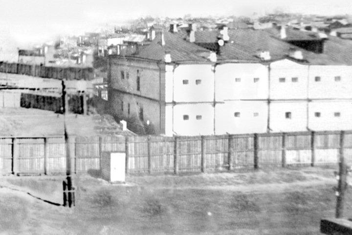 Кто заведовал секретной частью томской тюрьмы НКВД