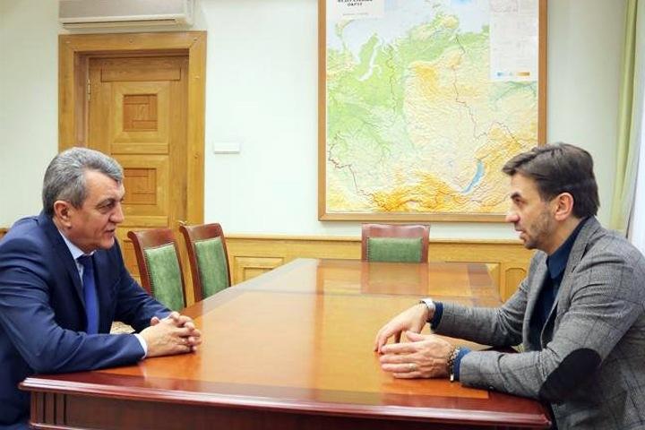 Суд снял арест с облигаций Михаила Абызова
