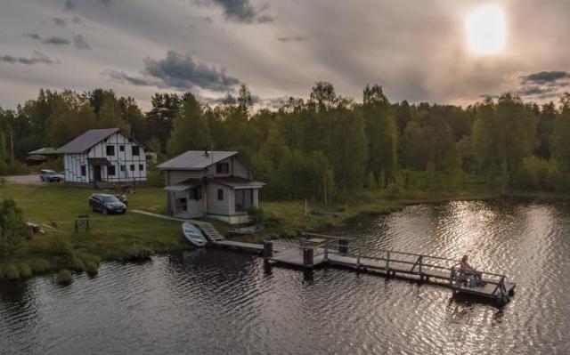 Домик у озера: как не промахнуться с покупкой загородной недвижимости