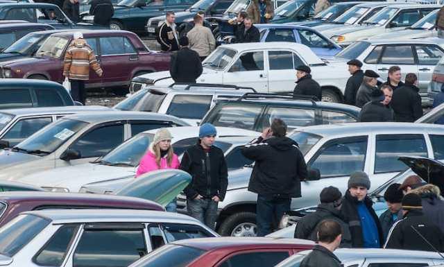 Подержанные машины: почему авто с пробегом растут в цене