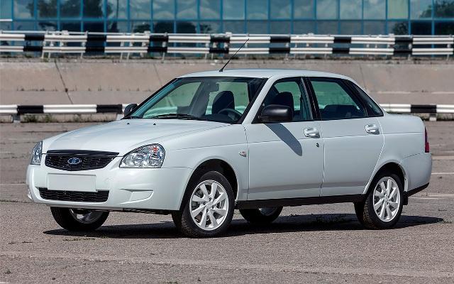 От Fordа до Priora: 8 самых популярных бэушных авто
