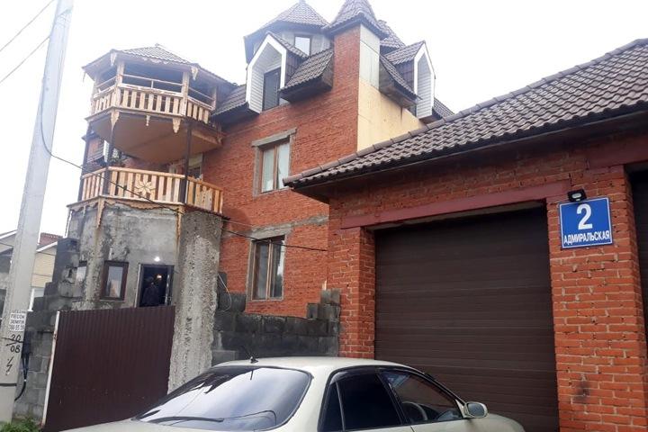 Экс-партнера сына детского омбудсмена арестовали за похищение постояльцев ребцентра в Новосибирске