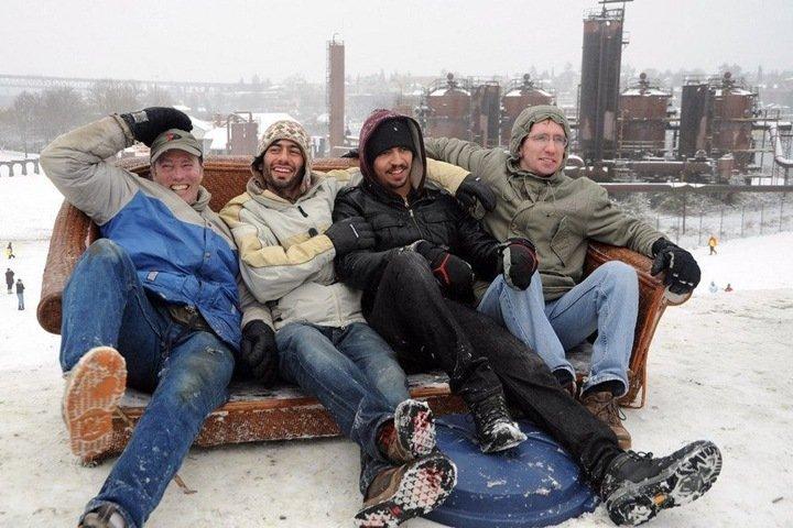 «Поделись своей жизнью»: как сибирские каучсерферы принимают гостей