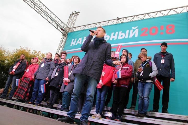 Алексей Навальный вышел из комы