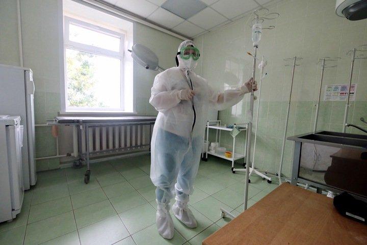 Число тяжелобольных коронавирусом новосибирцев резко выросло