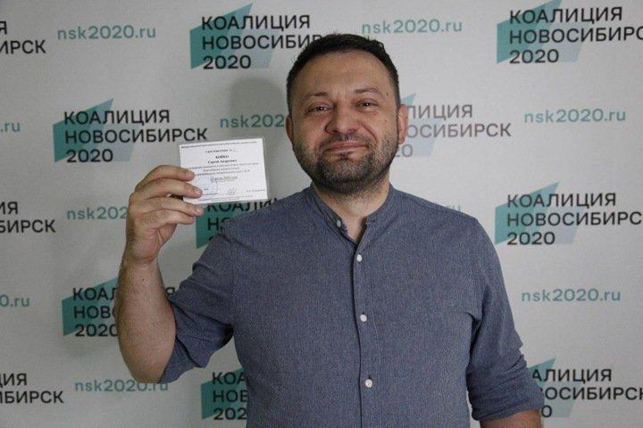 Глава новосибирского штаба Навального выиграл у вице-спикера горсовета