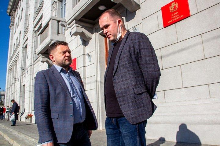 «Вы Родину любите?»: подробности первой закрытой встречи нового горсовета Новосибирска