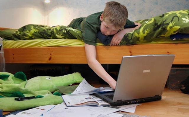 Депрессия и страхи: как удаленка отразилась на школьниках
