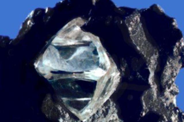Бриллианты из космоса: что за алмазы внеземного происхождения нашли в Африке?