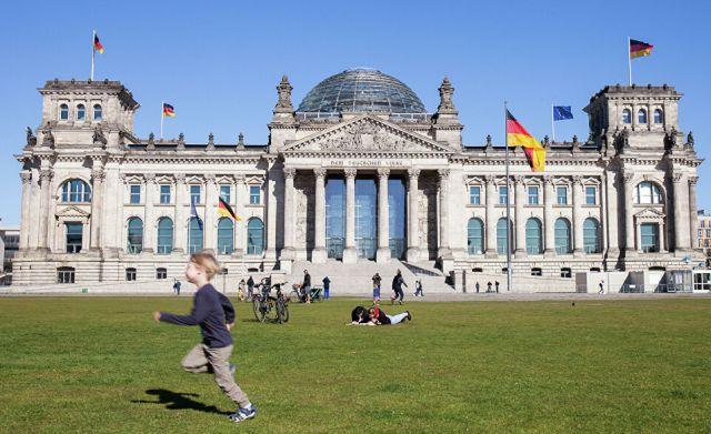 Прозрачная стена: удалось ли Германии стать единой за 30 лет