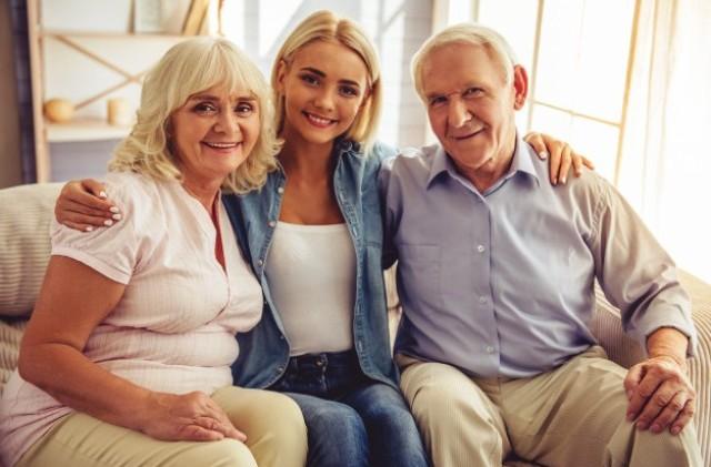 Молодой возраст. Почему люди стали медленнее стареть