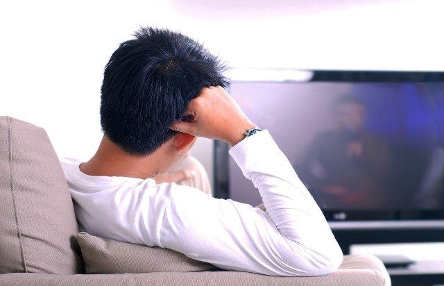 Как долгий просмотр телевизора влияет на активность мозга