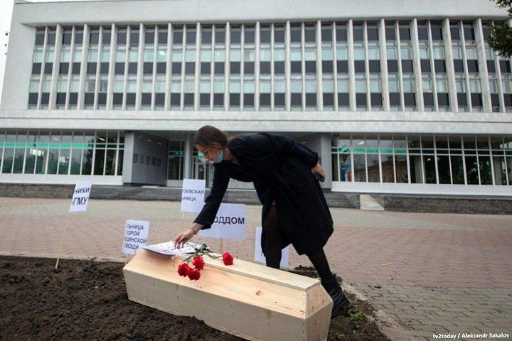 «Миссис Европа 2019» о гибели медицины в Сибири