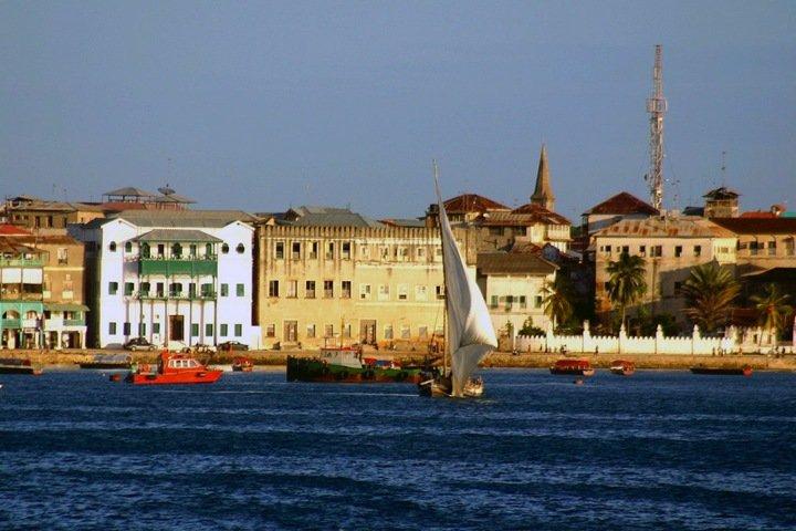 Числа недели: общежитие за миллиард, сокращение прожиточного минимума и Занзибар