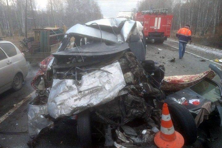 Число жертв лобового ДТП в Болотнинском районе выросло до шести