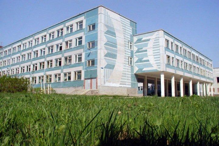 Класс новосибирской гимназии закрыли на карантин после публикаций в СМИ