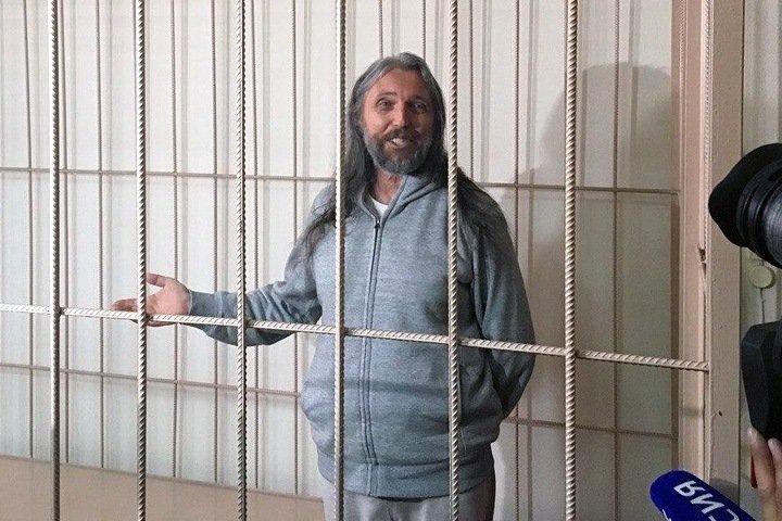 Виссариона закрыли в одиночной камере новосибирского СИЗО