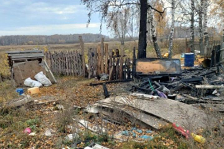 Родители погибших в огне детей задержаны под Новосибирском