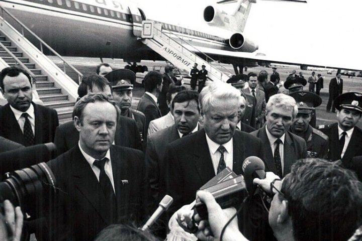 Что делал Ельцин на Алтае, байкальский остров под угрозой. Сибирь за неделю