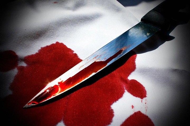 Одетый в камуфляж житель Бийска зарезал на улице девушку