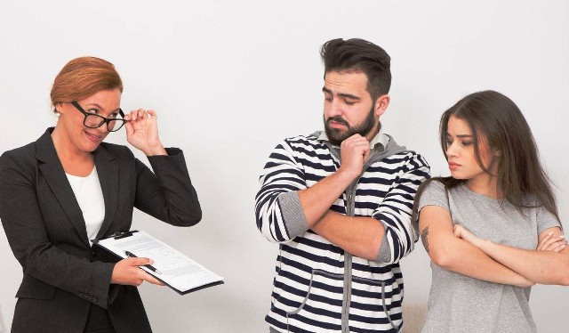 Арендные аферисты: как обманывают квартирантов и собственников