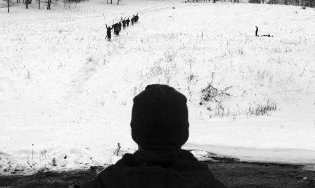 НЛО, злые духи, нападение: версии трагедии в сериале «Перевал Дятлова»