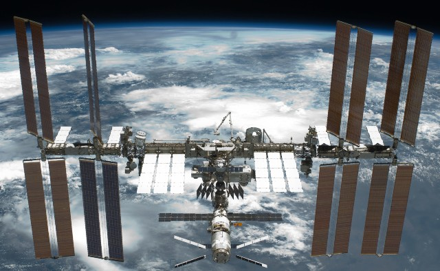 Нештатная орбита. Что и когда ломалось на МКС?