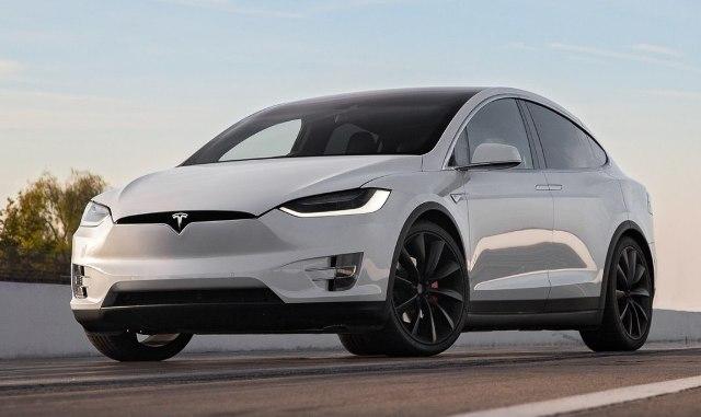 9500 электрокаров: Tesla отзывает свои машины