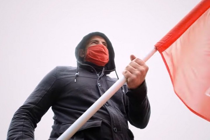 Суд оштрафовал барнаульского коммуниста за съемку видео против «путинских поправок»