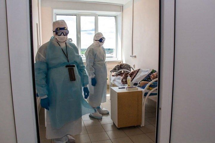 Риск заразиться коронавирусом в Новосибирске и Иркутске оказался выше среднего по России