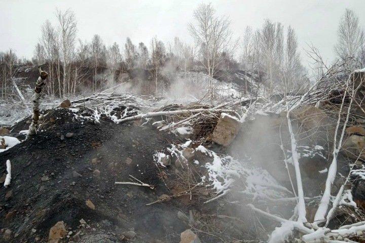 Причиной обрушения на горящем отвале под Новокузнецком могли стать работы по тушению