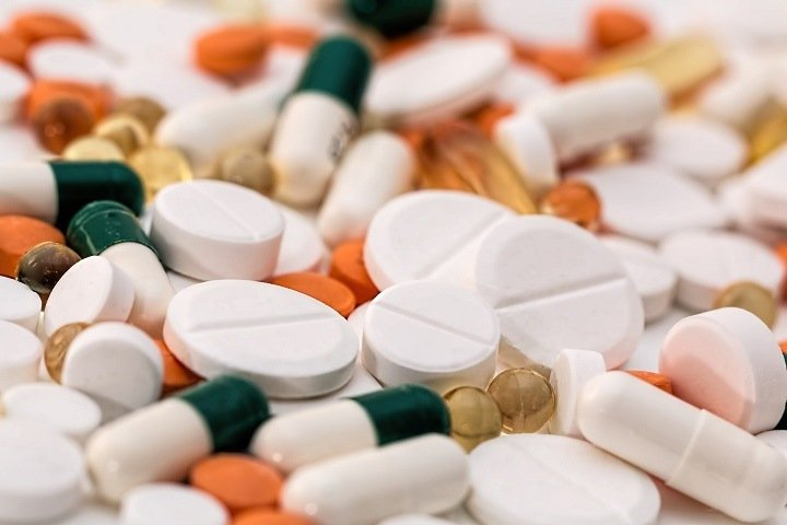 Антибиотиков хватит Новосибирской области на шесть часов