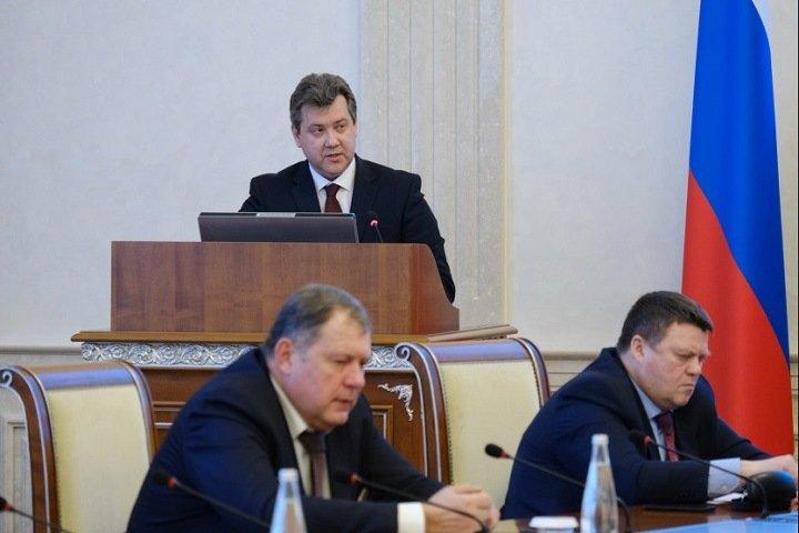 Новосибирские власти набрали более 7 млрд рублей кредитов для погашения долгов