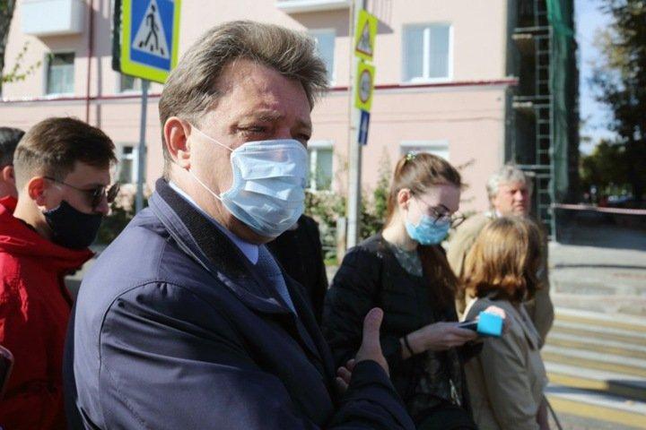 «Кляйн не похож на Фургала». За что «взяли» мэра Томска и почему Новосибирску нужны дворники вместо елки