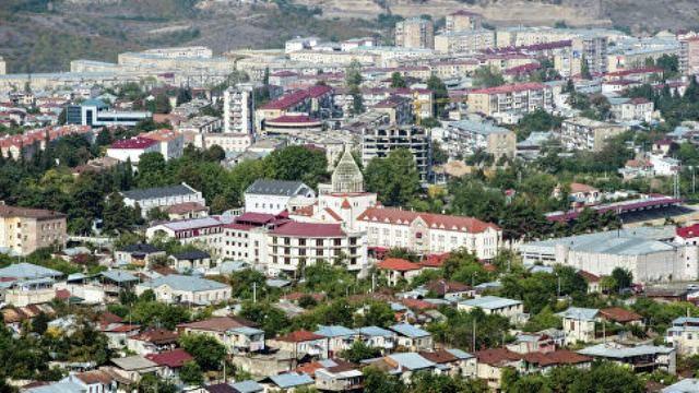 Азербайджан и Армения обвиняют друг друга в нарушении договоренностей