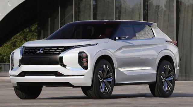 Mitsubishi Outlander нового поколения: первые фото