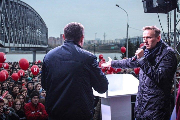 Уголовное дело завели на Навального после расследования о его отравлении