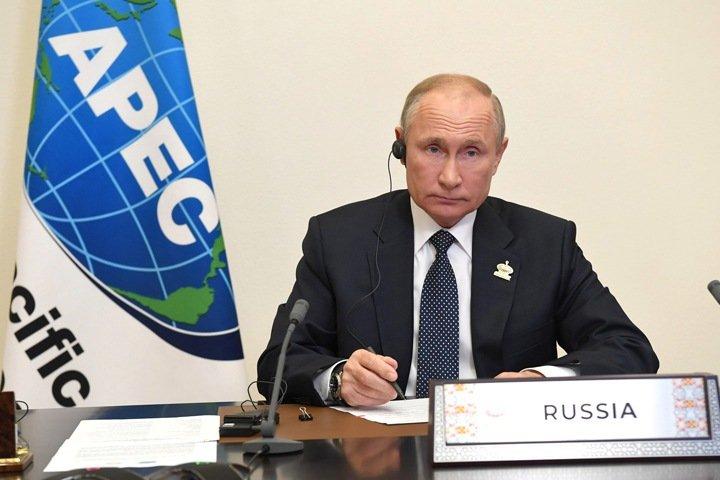 Путин подписал закон о заморозке накопительной пенсии до 2024 года