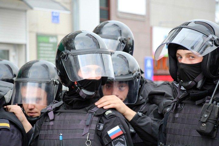 Новосибирский депутат Госдумы внес законопроект о сокрытии недвижимости силовиков