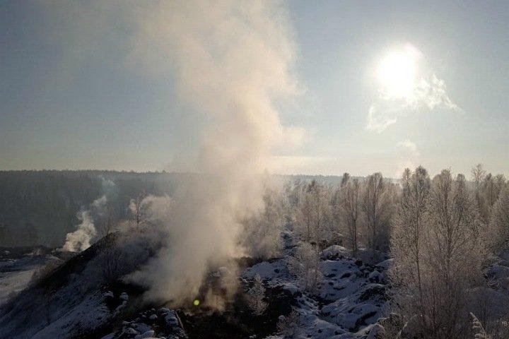 Больше очагов и меньше кислорода: что происходит с горящим отвалом под Новокузнецком