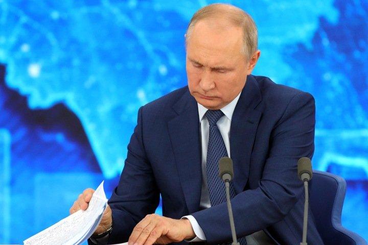 Мишустин поручил проверить закрытие несуществующей больницы на Алтае по требованию Путина