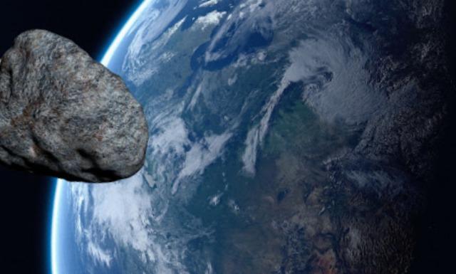 3 крупных астероида в 2021 году летят к Земле