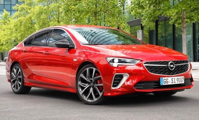 Третья генерация: первые фото Opel Insignia нового поколения