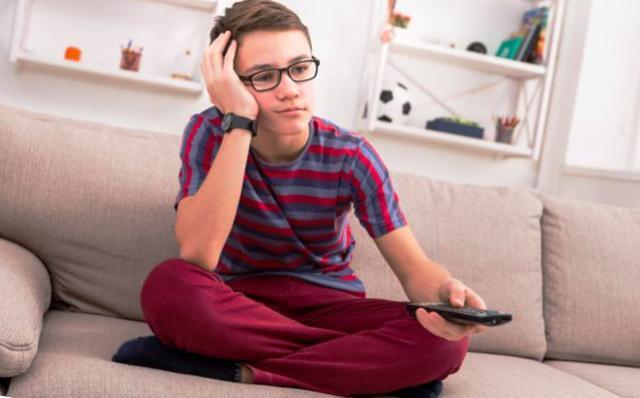 Пятая точка: как оторвать подростка от дивана