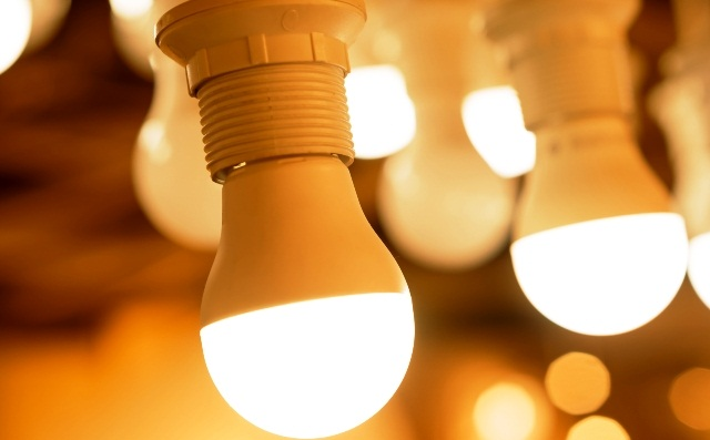 Берегите глаза: в чем состоит главная польза и вредсветодиодных ламп